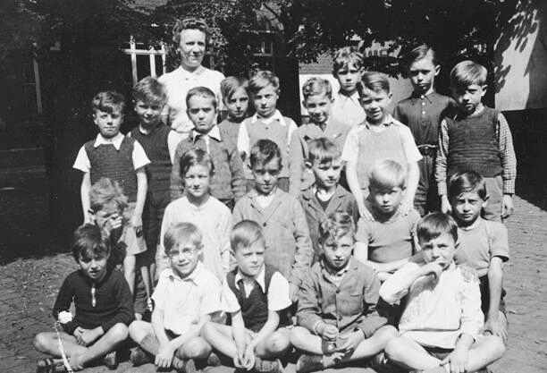 these are the castle children although we do not yet have details on their story these jewish children were lodged in a castle and hidden by a belgian - Hidden Pictures For Children
