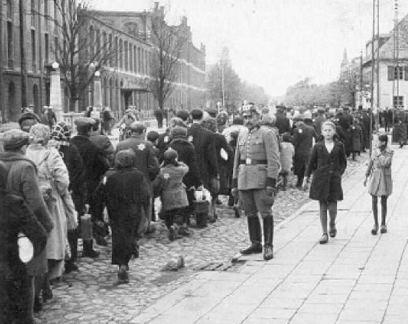 holocaust ghettos essay History of the holocaust history essay many of the staff from the nazi concentration camps were arrested and tried for murder and acts of brutality against their.
