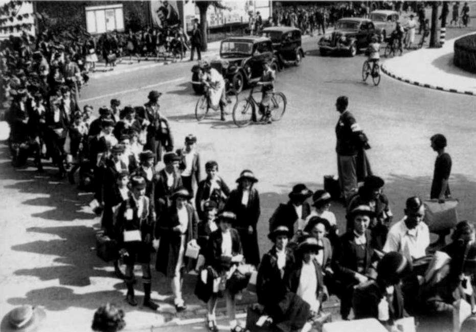 Britain Evacuation in World War Two