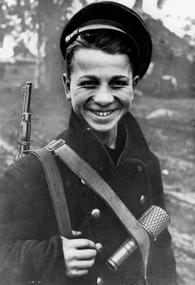 weapons used in world war ii essay