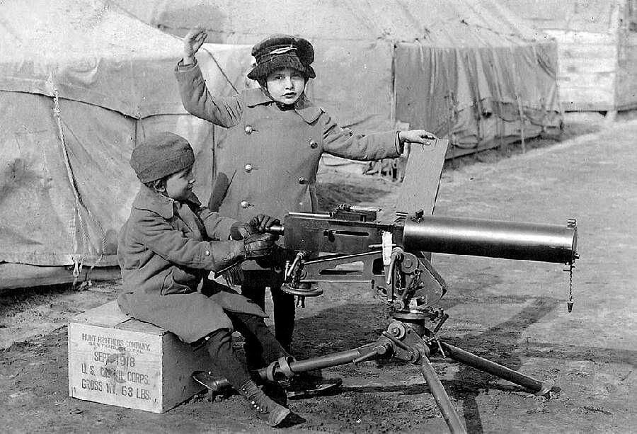 world war one weapons essay The professor will not limit you with the world war term paper topics the list of possible world war essay topics: 1 major weapons in world war ii 6.