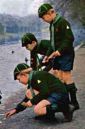 English Cub Uniforms Chronology